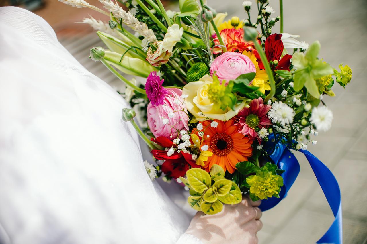 rustykalne wesele folkowe przyjęcie fotografia ślubna 2flyteam bukiet ślubny